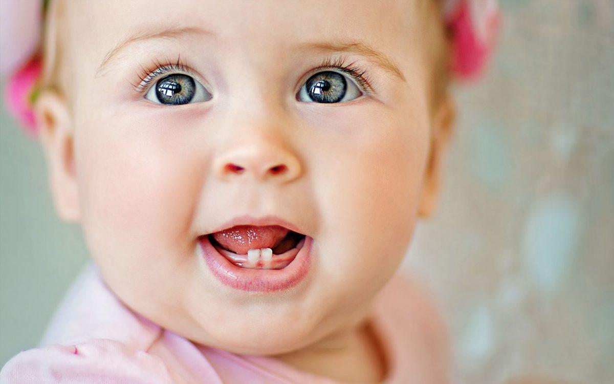 cuidados-e-higiene-de-los-dientes-del-bebe-1200x750.jpg